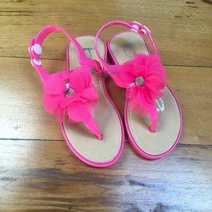 NWOT bebe Girls Sandals Size XL 11/12